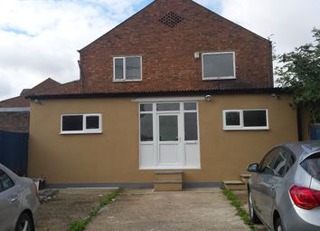 1 bed flat to rent in New Town Street, Luton, Bedfordshire LU1