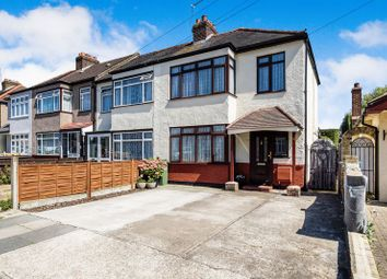 3 bed terraced house for sale in Ferndale Road, Romford RM5