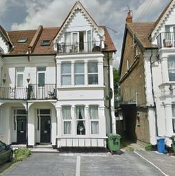 Thumbnail 1 bed terraced house to rent in Genesta Road, Westcliff-On-Sea