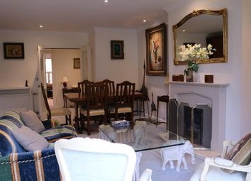 Thumbnail 2 bed property for sale in Anne Of Cleves House, Queens Reach, East Molesey, Surrey