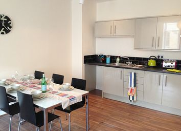 Thumbnail 5 bed flat to rent in Godwin Street, City Centre