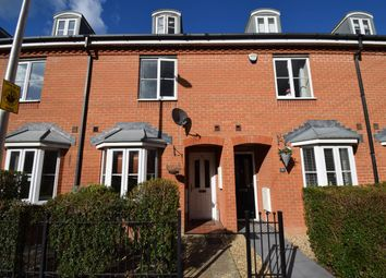 Thumbnail 4 bed town house to rent in York Road, Newbury, Berkshire