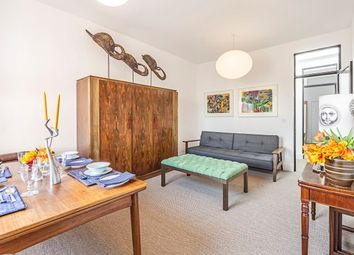 Thumbnail 2 bedroom flat to rent in Sloane Gardens, Chelsea