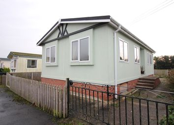 Thumbnail 2 bed mobile/park home for sale in Dunhampton Park, Dunhampton, Stourport-On-Severn