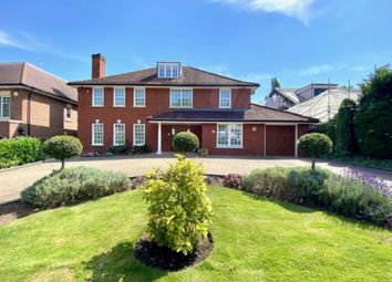 Thumbnail 6 bed detached house for sale in Barham Avenue, Elstree