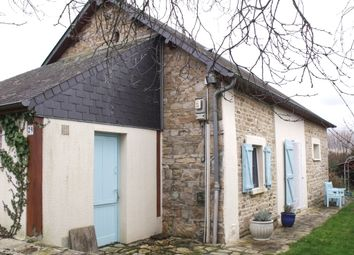 Thumbnail 2 bed cottage for sale in Neuilly Le Vendin, Neuilly-Le-Vendin, Couptrain, Mayenne Department, Loire, France