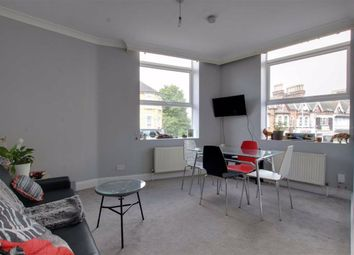 1 bed flat to rent in Third Avenue, London E17