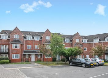 2 bed flat to rent in Fennel Court, Hawthorne Close RG18
