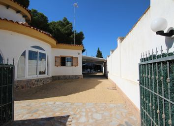 Thumbnail 4 bed villa for sale in Mil Palmeras, Costa Blanca, Spain