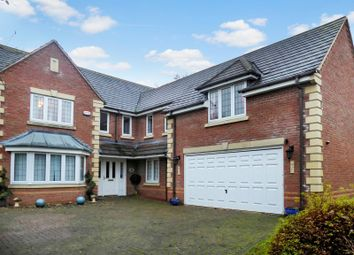 Thumbnail 5 bed property to rent in Bugloss Walk, Bicester