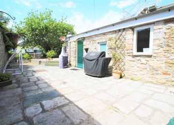 3 bed flat to rent in Durnford Street, Plymouth PL1
