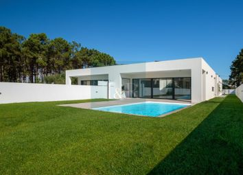 Thumbnail 3 bed detached house for sale in Charneca De Caparica E Sobreda, Charneca De Caparica E Sobreda, Almada