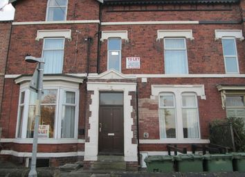 Thumbnail 1 bed flat to rent in Snow Hill View, Wakefield