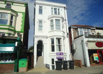 2 bed flat to rent in Osborne Road, Southsea PO5