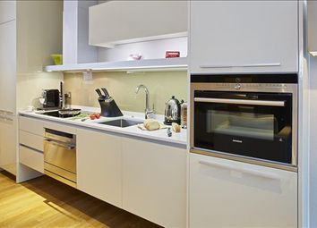 Thumbnail 2 bed flat to rent in Bow Lane, City, London