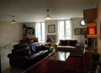 Thumbnail 3 bed apartment for sale in Niort, Poitou-Charentes, 79000, France