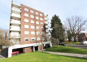 Thumbnail 1 bed flat for sale in Linksway, London