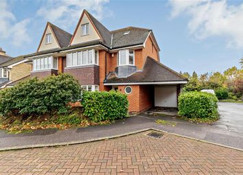 5 bed semi-detached house to rent in Lower Green Gardens, Worcester Park KT4