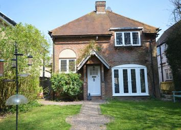 Thumbnail 3 bed detached house to rent in Forty Green, Beaconsfield