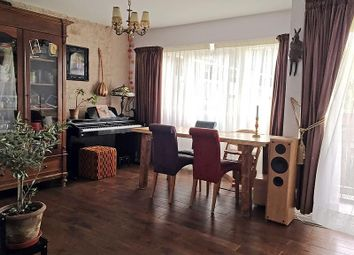 Thumbnail 4 bed flat to rent in Ludovick Walk, London