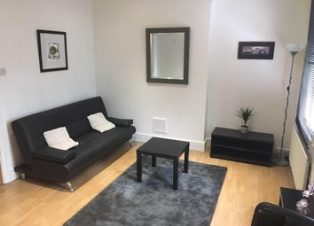 Thumbnail 1 bed flat to rent in Leman Street, Tower Hill, London