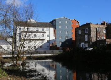 2 bed flat to rent in Barton Mill Road, Canterbury CT1
