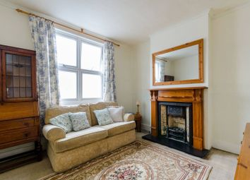 3 bed property for sale in Harrisons Rise, Croydon CR0