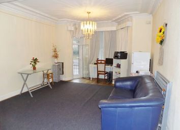 Thumbnail 5 bedroom flat for sale in North Circular Road, Golders Green, London