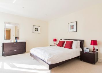 Thumbnail 1 bed flat for sale in Lantern's Court, London
