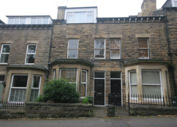 Thumbnail 1 bed flat to rent in Glebe Avenue, Harrogate