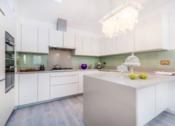 Thumbnail 3 bedroom property for sale in Wellington Close, Notting Hill