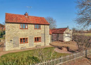 Thumbnail 3 bed cottage for sale in Newton Way, Woolsthorpe By Colsterworth, Grantham