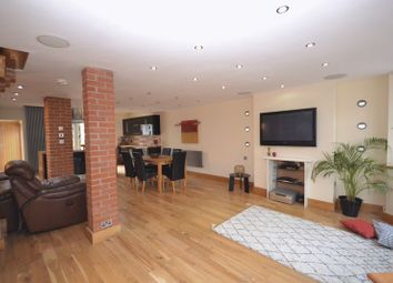 Thumbnail 3 bedroom terraced house to rent in Kenilworth Gardens, Loughton