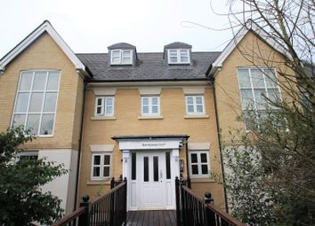 Thumbnail 2 bed flat to rent in Mile End Road, Colchester, Essex