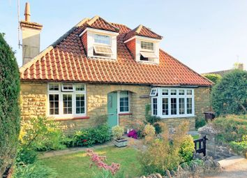 3 bed detached house for sale in Ockley Road, Ewhurst, Cranleigh GU6