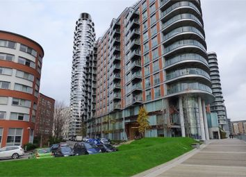 Thumbnail 1 bedroom flat to rent in New Providence Wharf, 1 Fairmont Avenue, Canary Wharf