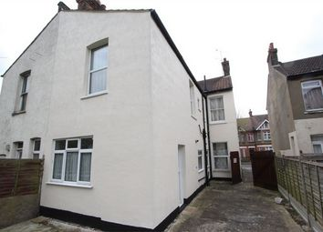 Thumbnail 1 bedroom maisonette to rent in St Helens Road, Westcliff-On-Sea, Essex