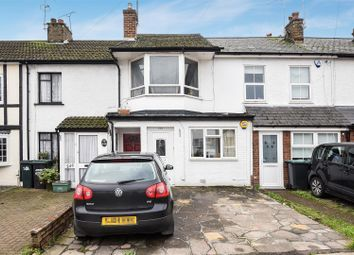Thumbnail 2 bed maisonette for sale in New Road, Croxley Green, Rickmansworth