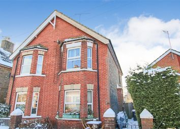 Thumbnail 1 bed flat for sale in 59B Cantelupe Road, East Grinstead, West Sussex