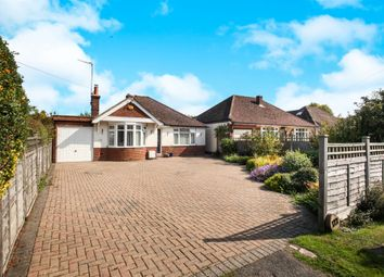 London Road, Aston Clinton, Aylesbury HP22. 3 bed detached bungalow