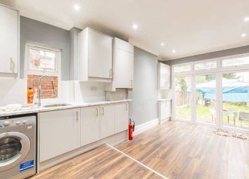 4 bed property to rent in Wynndale Road, Church End, London E18
