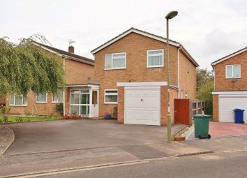 Blandford Road, Kidlington OX5. 4 bed detached house