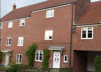 Thumbnail 4 bed link-detached house to rent in Honeymead Lane, Sturminster Newton, Dorset