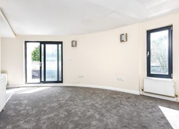 Thumbnail 2 bedroom flat to rent in Waltham Road, Woodford Green