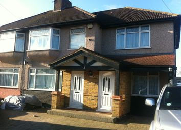 Thumbnail Studio to rent in Repton Avenue, Hayes, Middlesex
