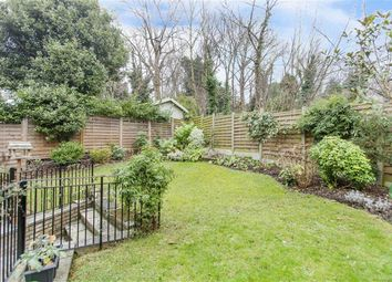 Thumbnail 3 bedroom flat for sale in Frognal, London