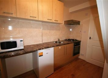 Thumbnail 1 bedroom flat to rent in Talbot Crescent, Hendon NW4, Hendon