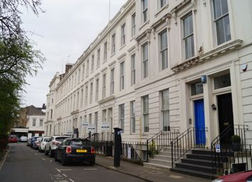 1 bed flat to rent in Newton Terrace, Charing Cross, Glasgow G3