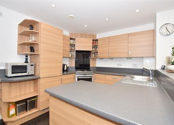4 bed town house for sale in Wellesley Corner, Gravesend, Kent DA11