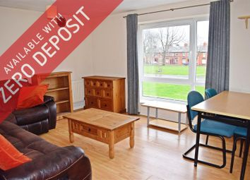 2 bed flat to rent in Stockport Road, Grove Village, Manchester M13
